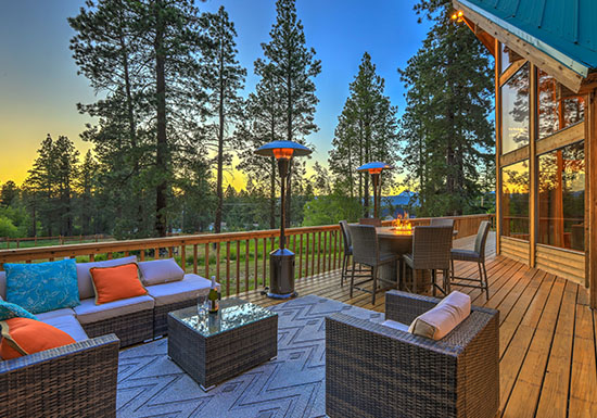 Lake Homes $400,000+
